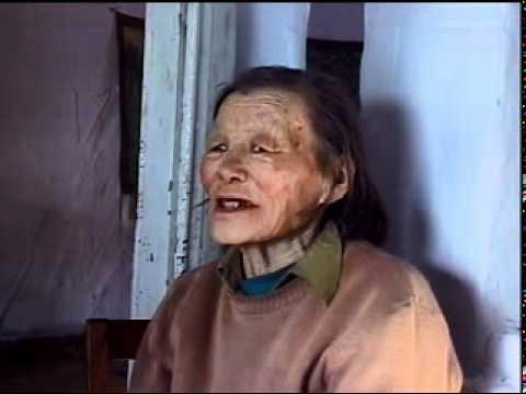 "Elizaveta Kenden sings kozhamyk ""Odugen taiga..."", a Todzhu Tuvan song"